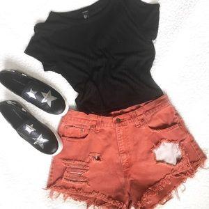 Peachy Levi's Shorts